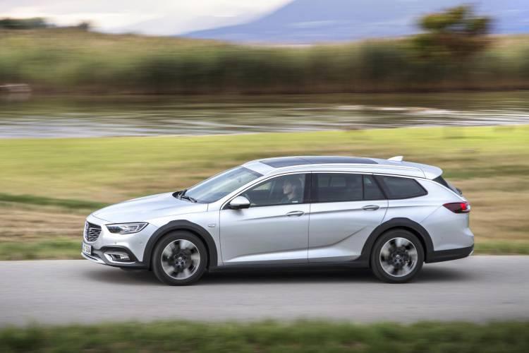 Opel-Insignia-Country-Tourer-500216