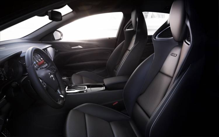 Opel-Insignia-GSi-AGR-seats-306369