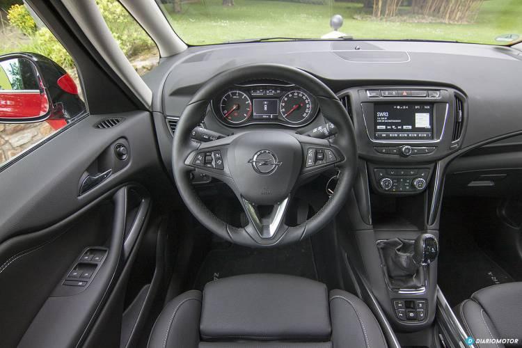 Opel_Zafira_2016_mdm_00019