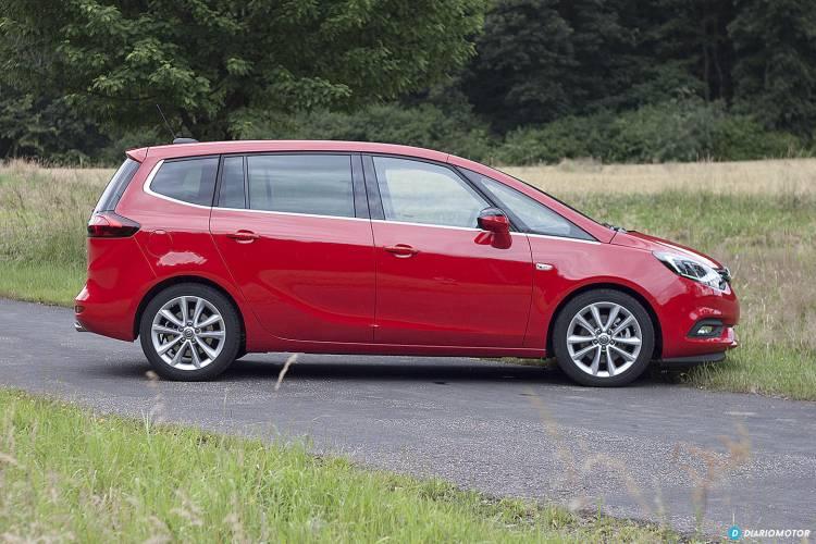 Opel_Zafira_2016_mdm_00027