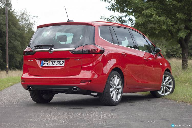 Opel_Zafira_2016_mdm_00028