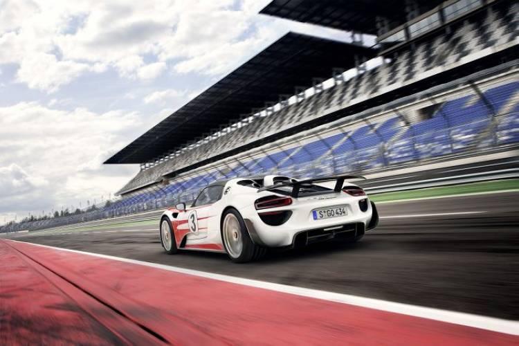 Porsche 918 Spyder: prestaciones finales del superhíbrido de Sttutgart