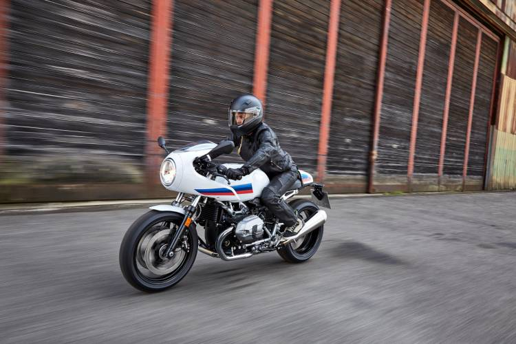 P90232557_highRes_the-new-bmw-r-ninet-