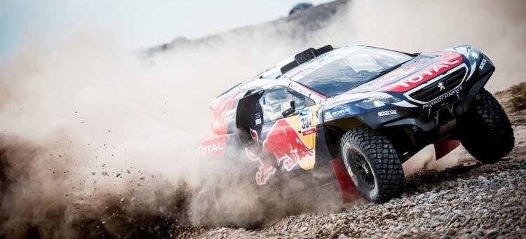 Peugeot-Dakar-Carlos-Sainz_1440x655c-1440px
