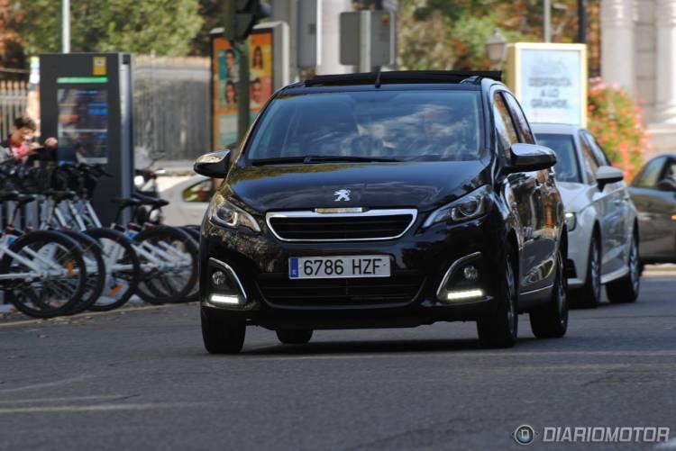 Peugeot_108_garaje_capota_DM_mdm_4