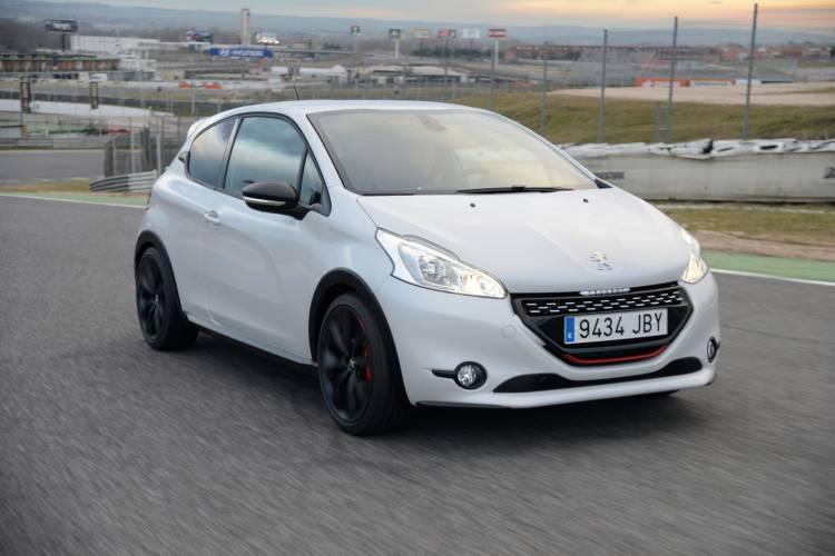 Peugeot_208_GTI_30th_prueba_25