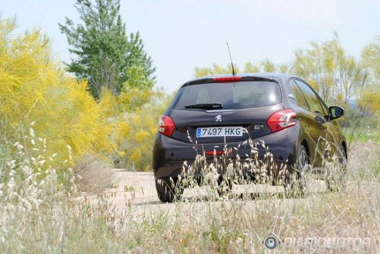 Peugeot_208_a_prueba_36