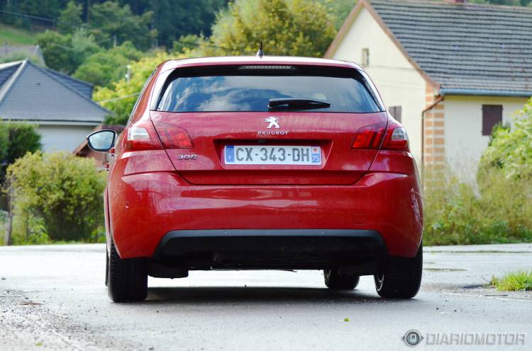 Peugeot_308_Francia_1280_DM_mdm_34