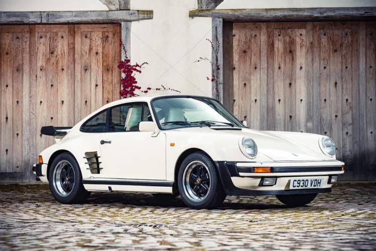 Porsche-911-turbo-930-judas-priest-dm-1