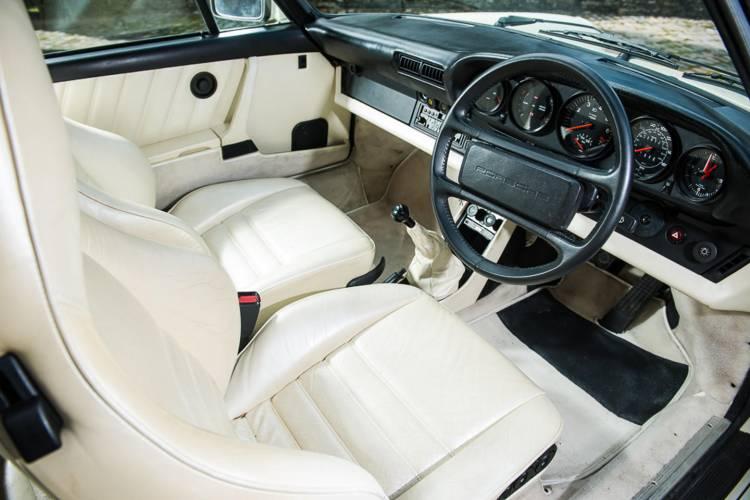 Porsche-911-turbo-930-judas-priest-dm-7
