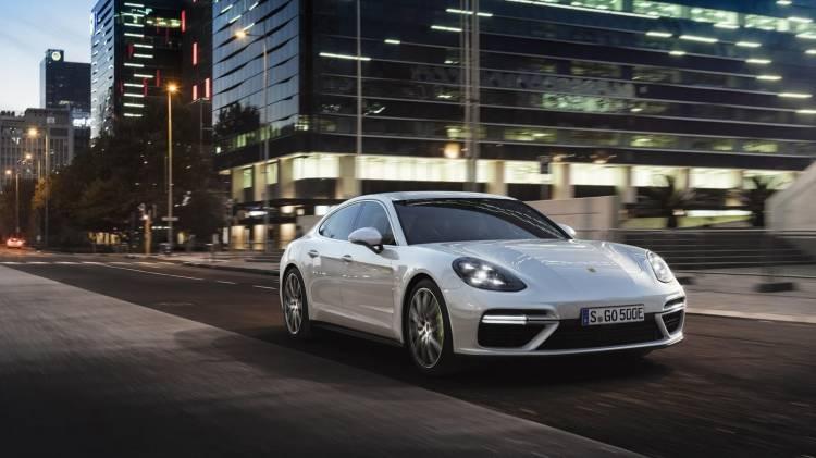 Porsche Panamera Turbo S E-Hybrid_1