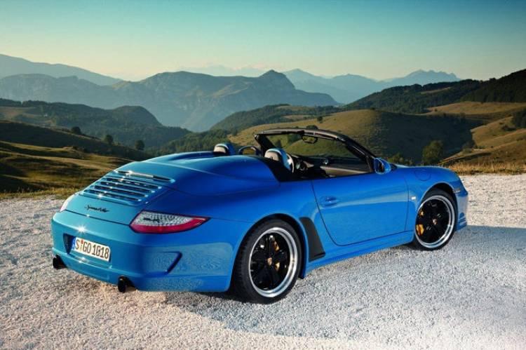 Porsche 911 Speedster: en Stuttgart parecen dispuestos a revivir al espíritu del 550 Spyder