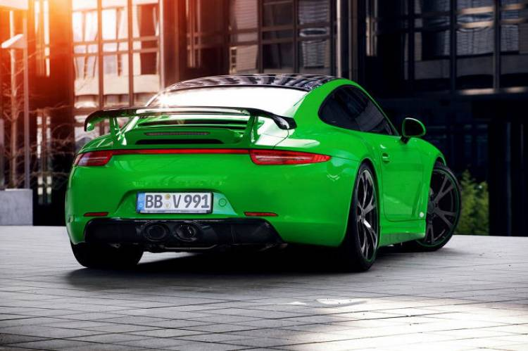 Porsche 911 Carrera 4 por TechArt