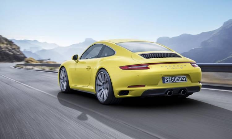 Porsche_911_Carrera_4_DM_2016_3