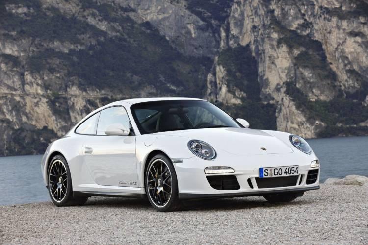 Porsche 911 Carrera GTS (2010)