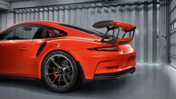 Porsche_911_GT3_RS_galeria_DM_11