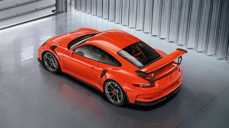 Porsche_911_GT3_RS_galeria_DM_16