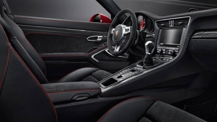 Porsche_911_Targa_GTS_2015_galeria_DM_23
