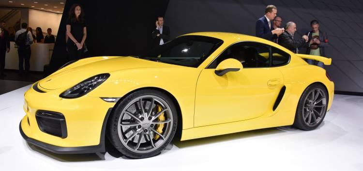 Porsche_Cayman_GT4_directo_ginebra_2015_DM_1