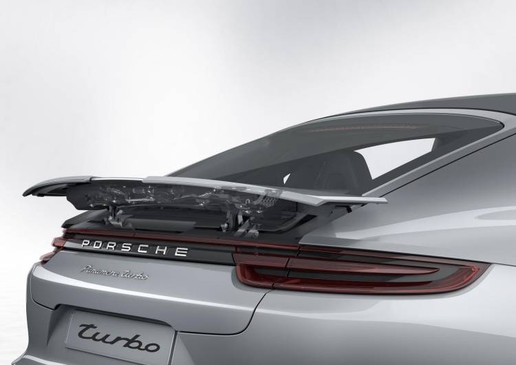 Porsche_Panamera_00103