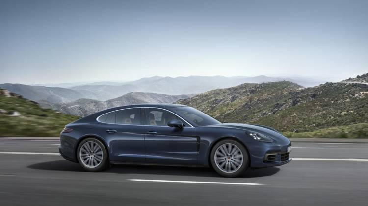 Porsche_Panamera_4S_Diesel