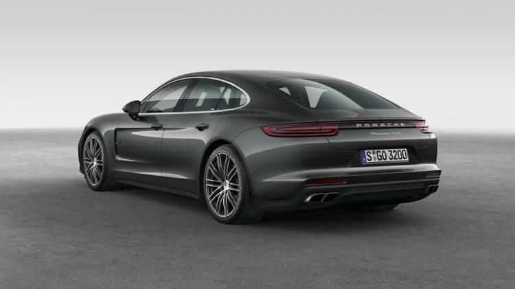 Porsche_Panamera_Turbo_02
