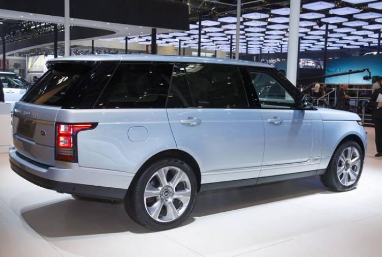 Range Rover Hybrid Long Wheelbase: tecnología híbrida también para la versión de batalla extendida