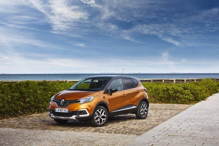 Renault_Captur_2017_00032