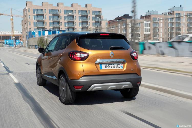 Renault_Captur_2017_mdm_00010