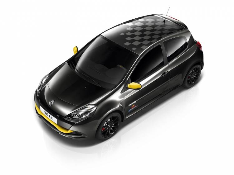 Renault_Clio_RS_Red_Bull_RB7_2012_01
