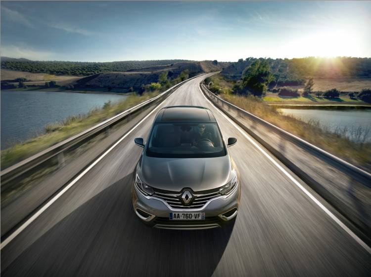 Renault_Espace_contacto_2015_DM_10