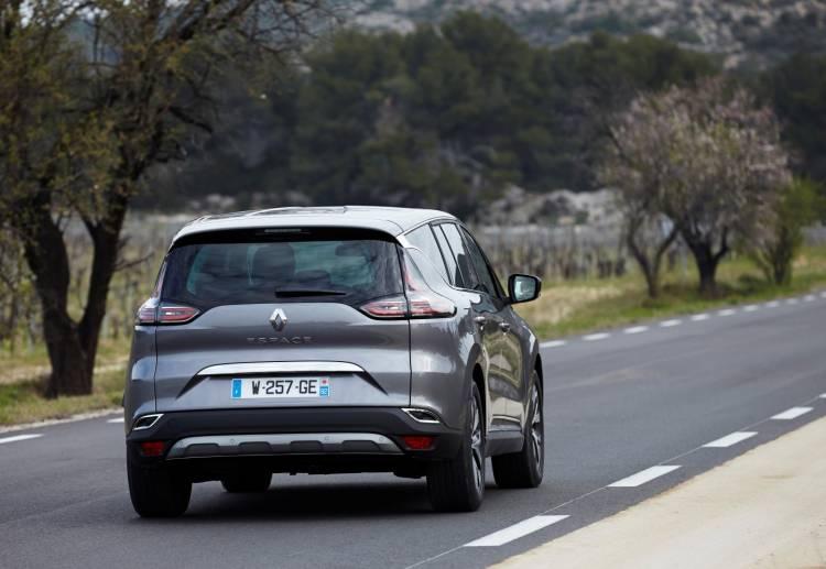 Renault_Espace_contacto_2015_DM_28