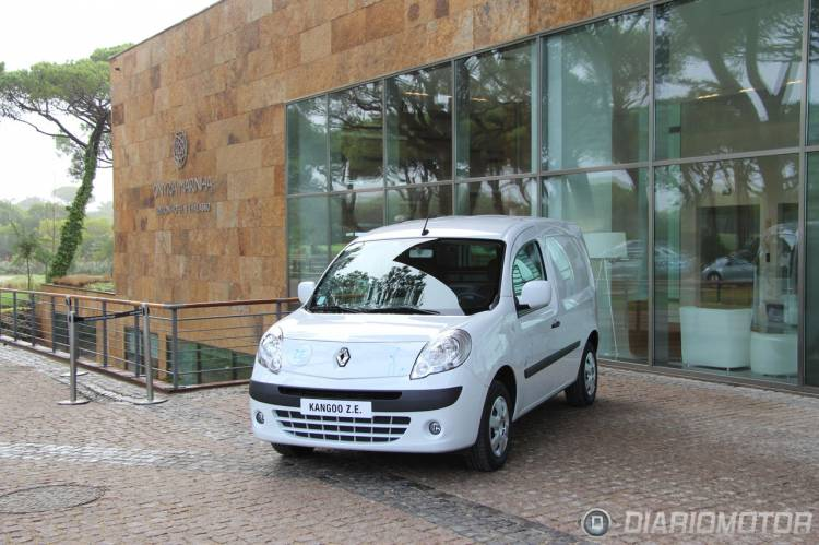 Renault_Kangoo_ZE-01