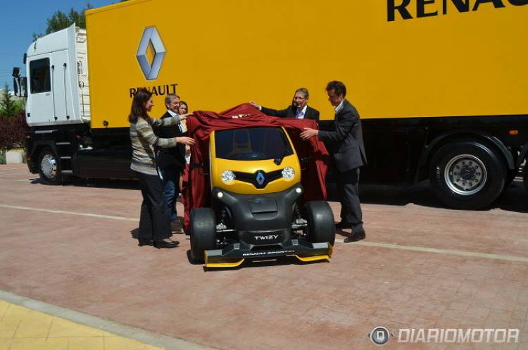 Renault_Twizy_RSF1_10