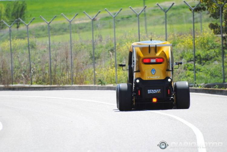 Renault_Twizy_RSF1_5