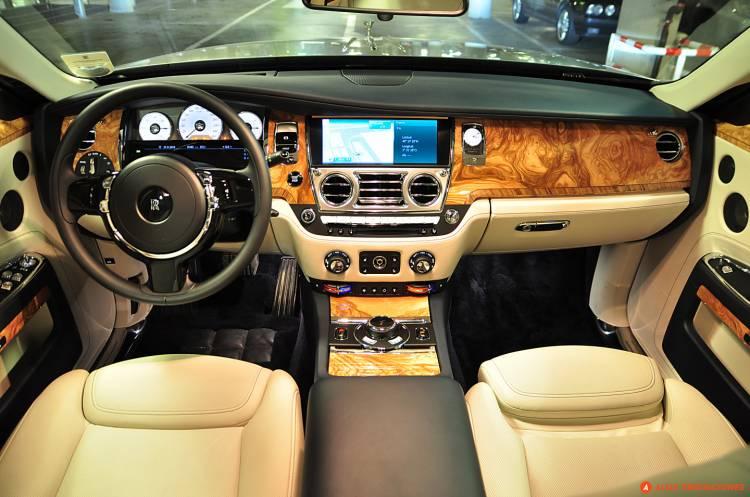 Probamos El Rolls Royce Ghost Series Ii El Dia En Que Fui Rudyard
