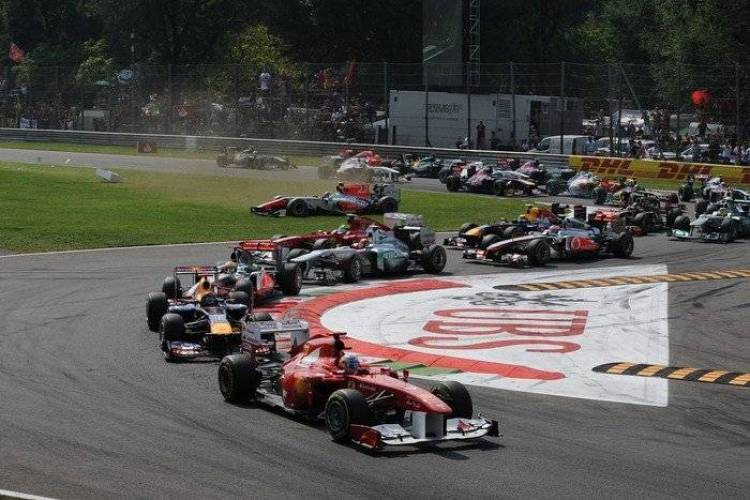 Salida GP Italia 2011