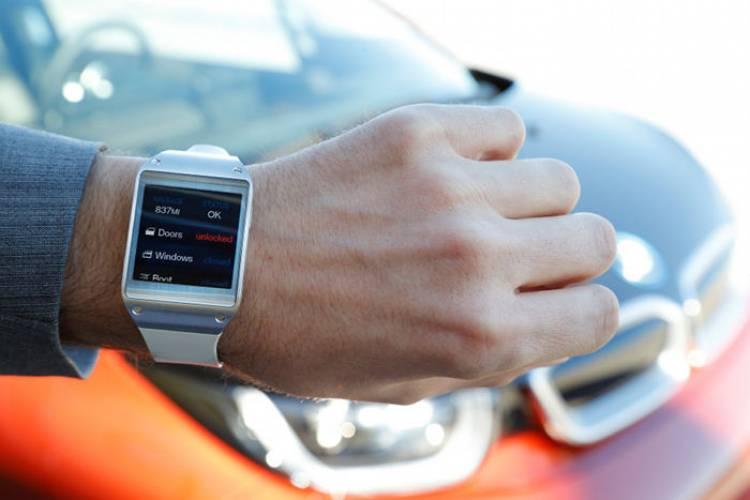 BMW i3 y Samsung Galaxy Geat: controlando el coche desde la muñeca