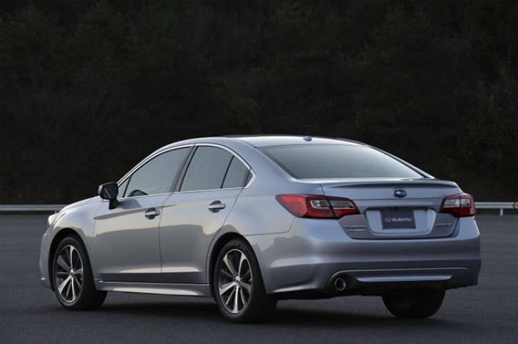 Subaru Legacy 2015: la berlina de Subaru se renueva