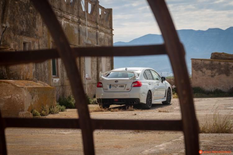 Subaru_WRX_STI_SEAT_León_Cupra_DM_2015_mapdm_50