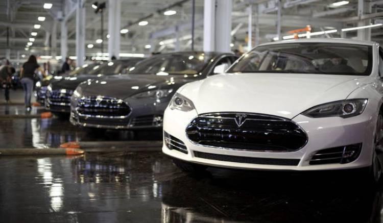 Tesla confirma la llegada del intercambio de baterías al Model S