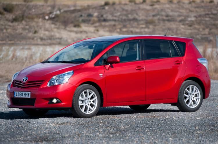 Toyota Verso 2012 3
