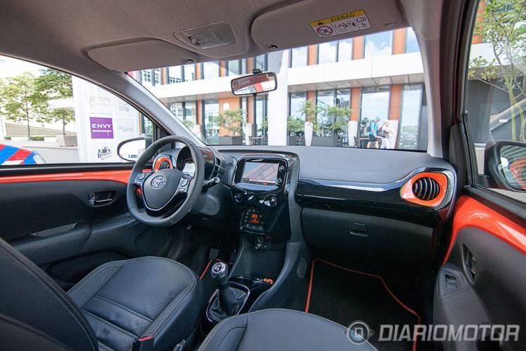 Toyota aygo precios prueba ficha t cnica fotos y noticias diariomotor - Toyota aygo interior ...