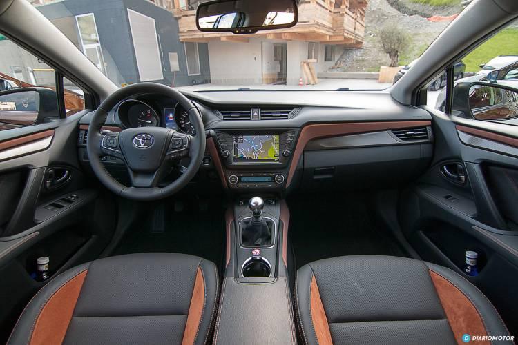 Toyota_Avensis_mdm_00029