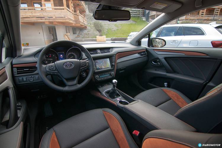 Toyota_Avensis_mdm_00030