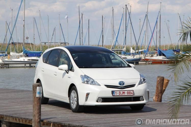 Toyota_Prius_Plus_Monovolumen-01