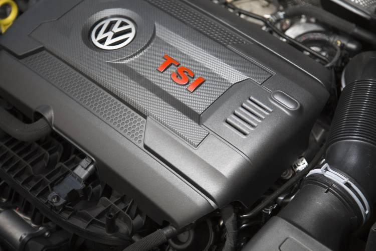 Volkswagen_Golf_Clubsport_claves_DM_2015_45