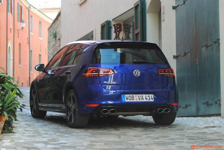 Volkswagen_Golf_R_san_marino_DM_mapdm_5