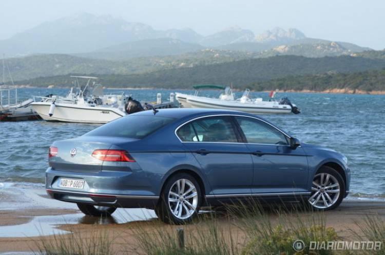 Hoy llega el Volkswagen Passat a los concesionarios españoles... y cuenta ya con 2.600 reservas