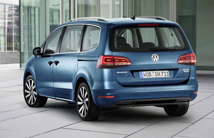 Volkswagen_Sharan_2015_facelift_DM_3